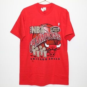 NWT Vintage 1996 Chicago Bulls NBA Champions Shirt